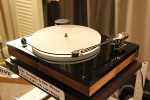 The DPS turntable and tonearm with Benz Micro Ruby ZH cartridge.