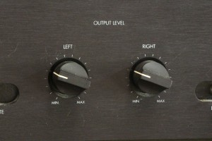 The Lamm LL2 Deluxe preamp features two volume controls.