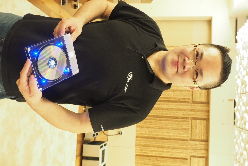 Jeff Lin of Telos Audio Design showing his latest Quantum Noise Resonator.