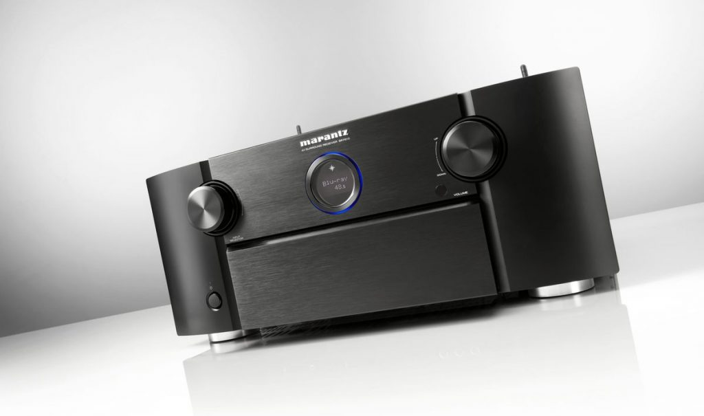The SR7010 looks are typical Marantz. It is however significantly 'taller' compared to its predecessors