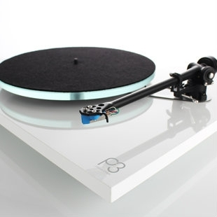 Coming soon: Rega Aphelion MC cartridge and Rega Planar 3 2016 turntable