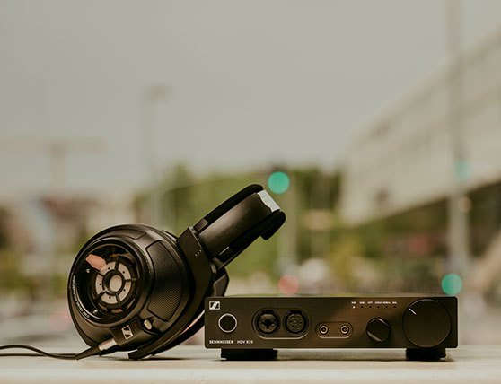 The Sennheiser HD 820 and the matching HDV 820 digital headphone amplifier.